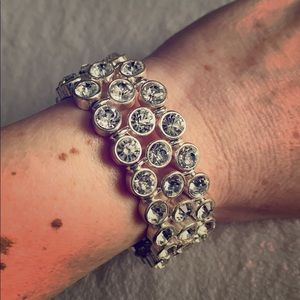 Accessories - Silver stretchy bracelet with clear stones